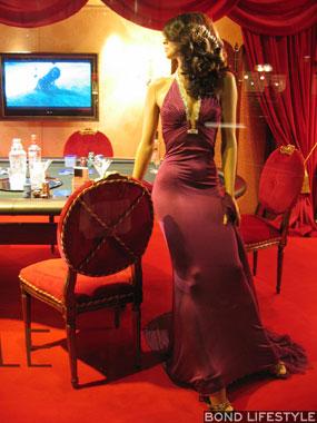 caterina murino james bond red dress wwwpixsharkcom