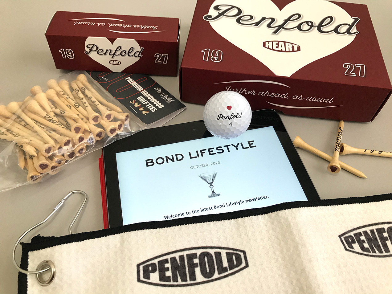 Win Penfold Heart golf ball tees towel