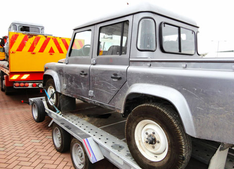 Land Rover Defender SkyFall 2