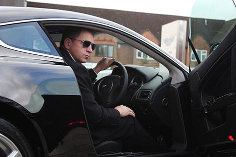 Daniel Craig lookalike Aston Martin
