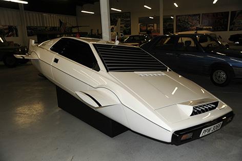 Cars For Sale In Las Vegas >> Dezer Collection Las Vegas Offers James Bond Lotus Submarine