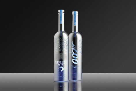 vodka belvedere 007 silver bottles