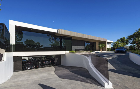 Living the Bond Lifestyle in a $70 million house in LA | Bond Lifestyle