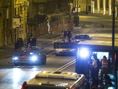 spectre car chase night rome 1