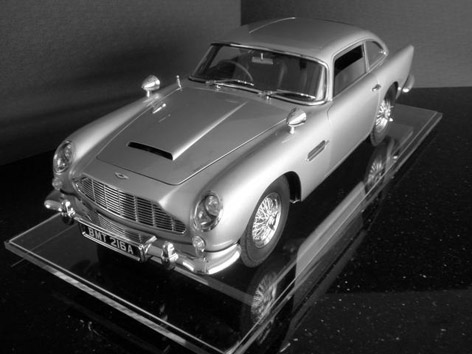 aston martin db5 1 8 scale
