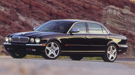 2009 Jaguar SType V8 photo - 3