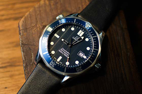 Omega Seamaster James Bond photo by Dell Deaton