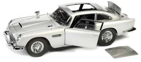 aston martin db5 1 8 scale model auction