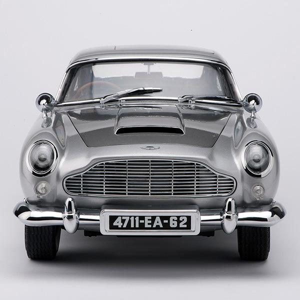 Aston Martin Db5: Aston Martin DB5 1:8 Scale Replica Now Available As