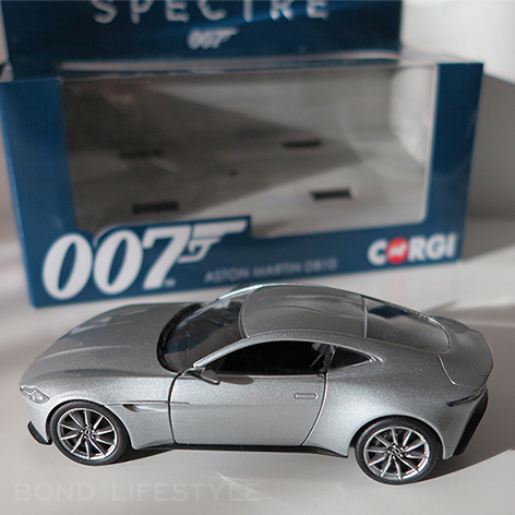 Aston martin db10 model corgi