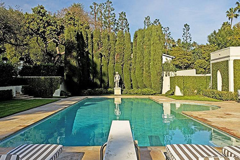 Albert Broccoli Tom Ford Wearstler villa beverly hills pool