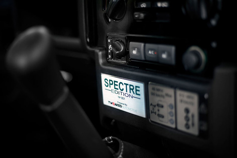 Land Rover Defender Tweaked SPECTRE Edition plaque
