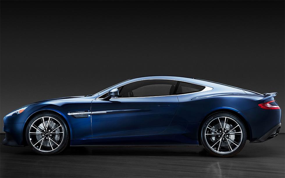 Daniel Craig S Aston Martin Vanquish Sells For 468 500 In New York Bond Lifestyle