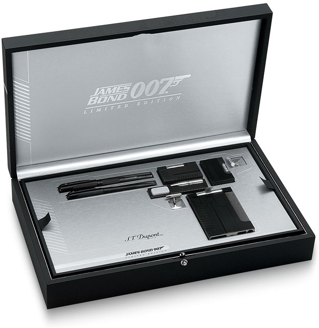 ST Dupont 2004 gun limited edition set