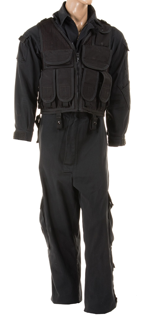 Pierce Brosnan Goldeneye suit overall tactical outfit opening sequence