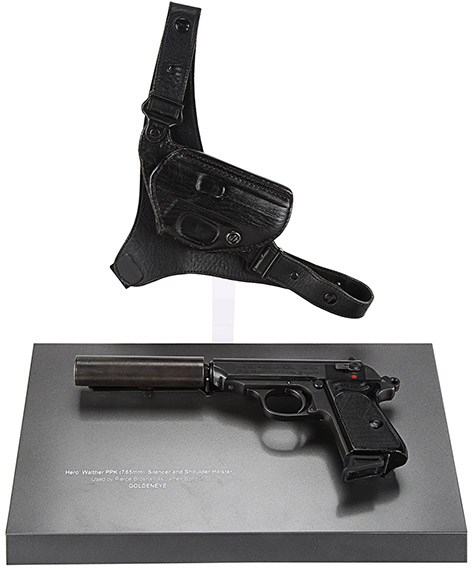 Pierce Brosnan James Bond Walther PPK Holster GoldenEye