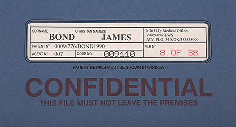 Medical file prop James Bond Pierce Brosnan