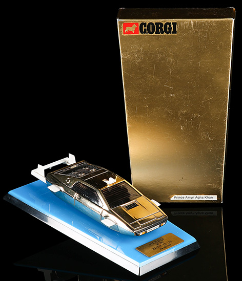 lotus esprit corgi gold plated in gold box blue base