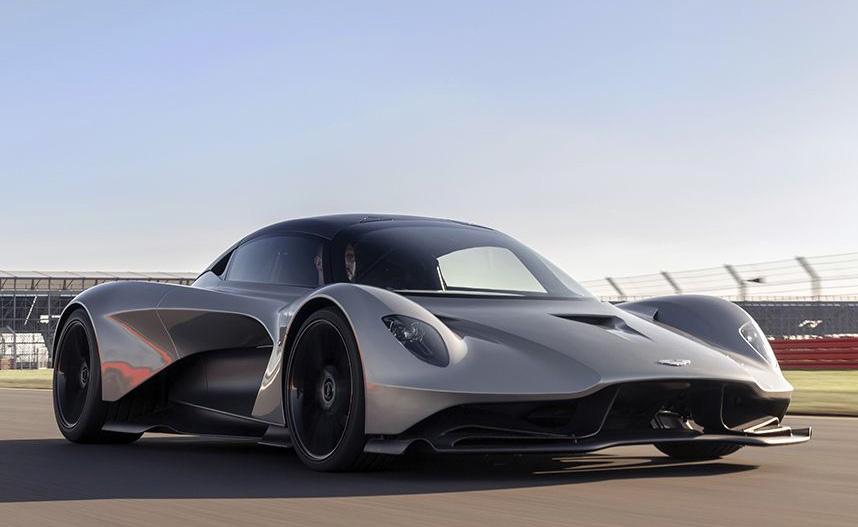 Journalists Review Aston Martin Valhalla Db5 V8 Vantage And Dbs Superleggera Valhalla Cut From No Time To Die Bond Lifestyle