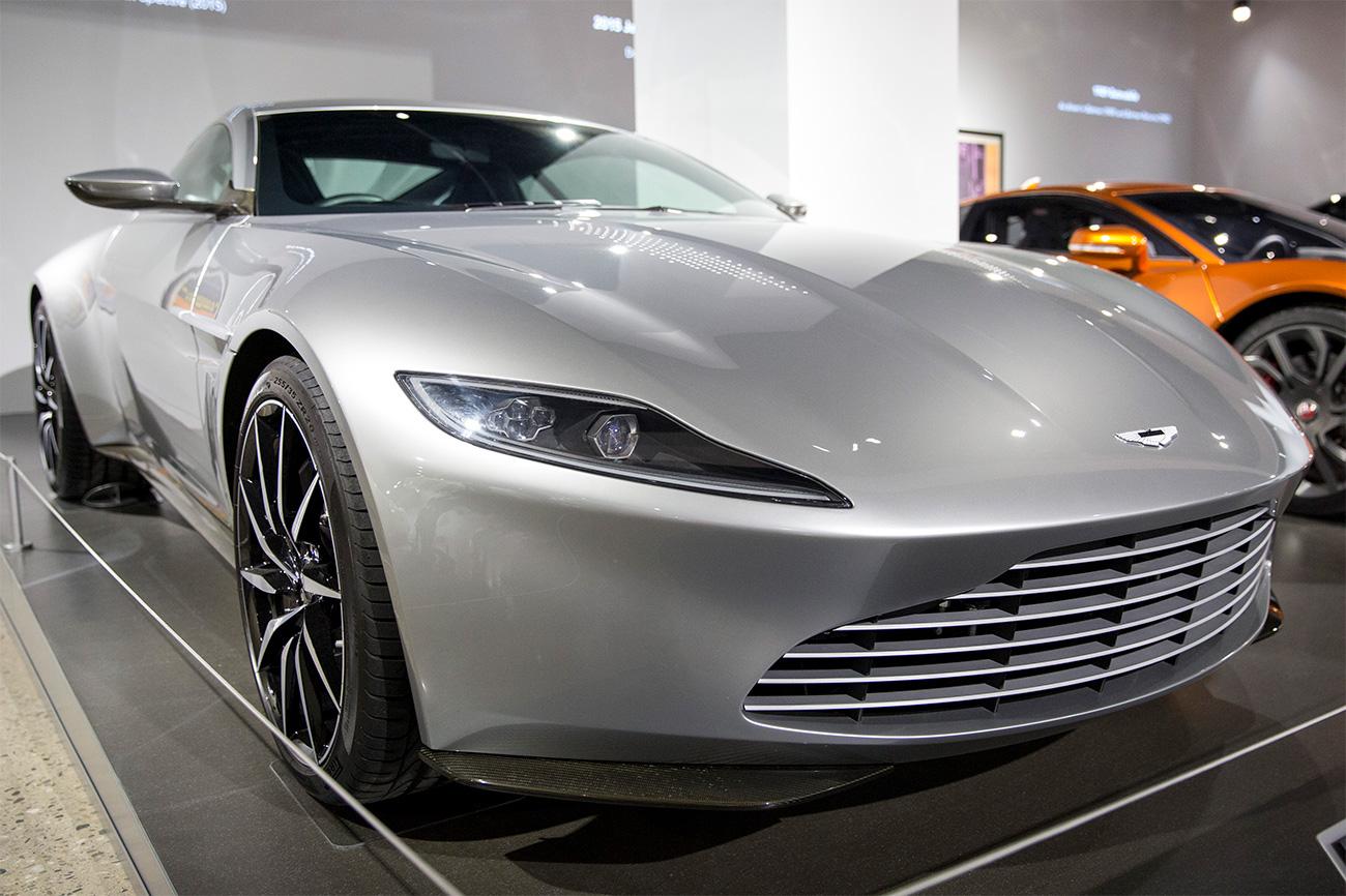 Aston Martin Vanquish Volante. | Aston martin vanquish