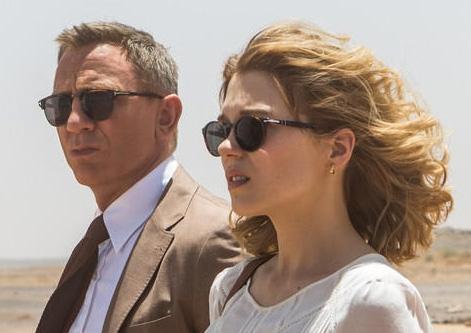 James Bond wearing Tom Ford Henry Vintage Wayfarer FT0248 sunglasses in SPECTRE