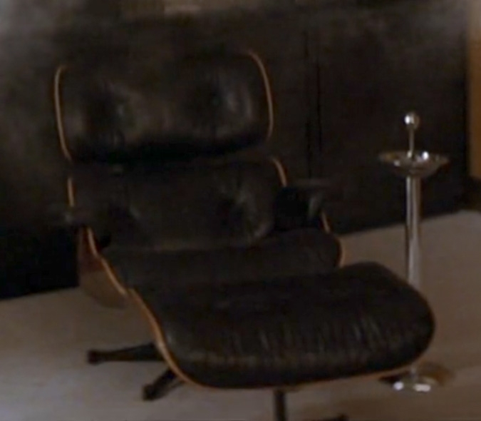 The Eames Loung Chair And Ottoman In Mu0027s (virtual) Office In The Movie Die  Another Day