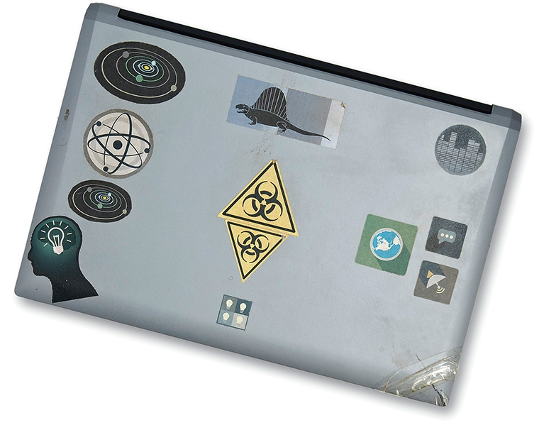 q laptop stickers back side