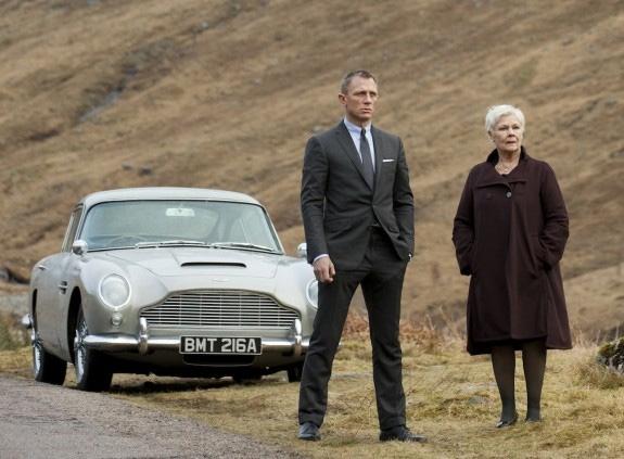 Aston Martin DB5 | Bond Lifestyle
