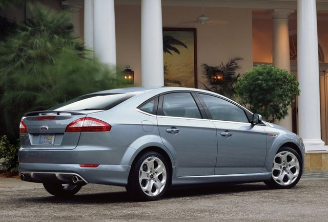 casino royale ford mondeo