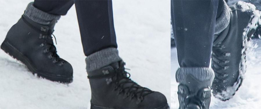 23035315221 Danner Mountain Light II black boots | Bond Lifestyle
