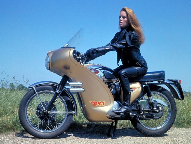 A BSA Lighting was used in Thunderball by Fiona Volpe to help Bond during a chase.