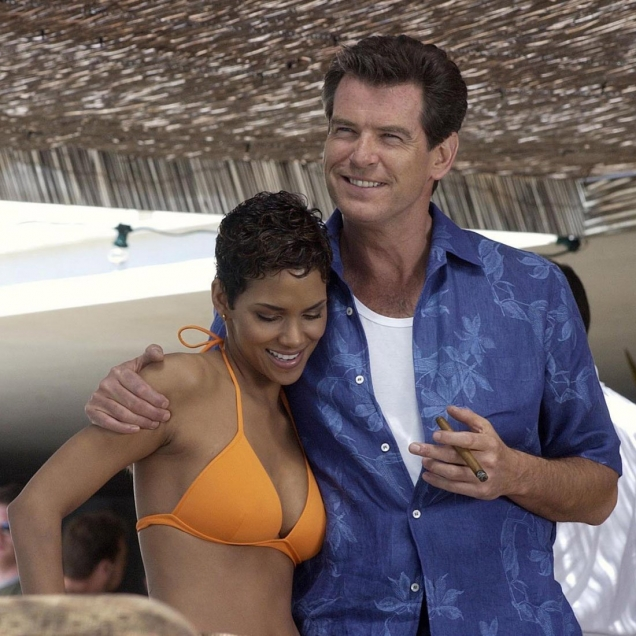 Brioni Floral Shirt worn in Die Another Day by James Bond (Pierce Brosnan), pictured here on the set with Jinx (Halle Berry)