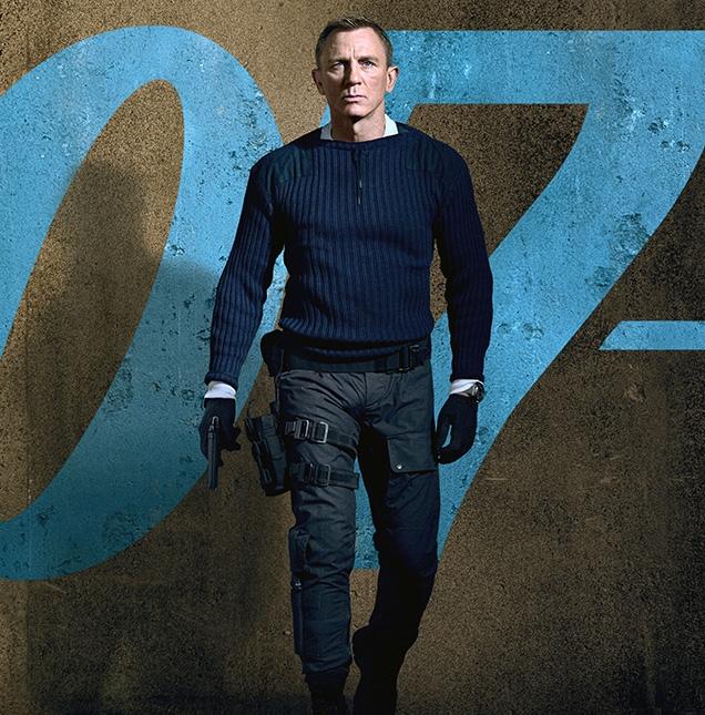 Daniel Craig as James Bond, wearing the commando outfit on a character poster for the film.