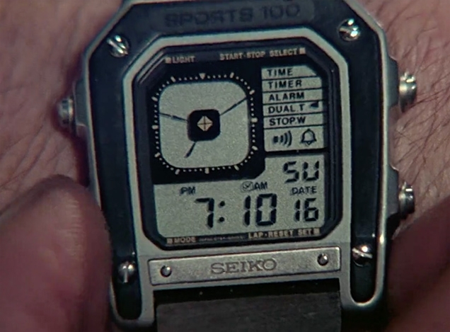 Close up of the Seiko G757 watch in Octopussy