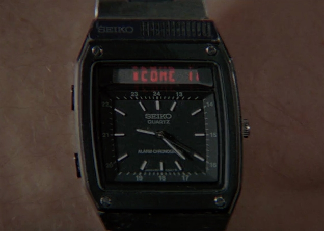 James Bond receives a message on his Seiko H357 watch: COME IN 007