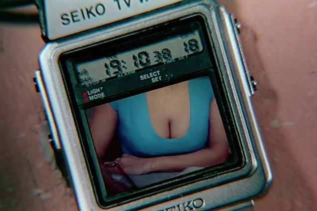Bond uses the Seiko TV watch in Q's lab. The real Seiko TV watch didn't have a color screen