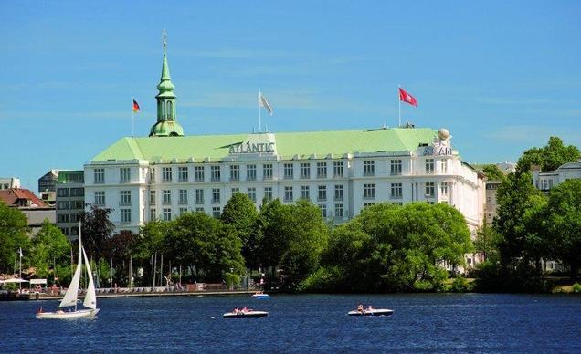 Hotel atlantic kempinski hamburg germany bond lifestyle for Hotel international hamburg