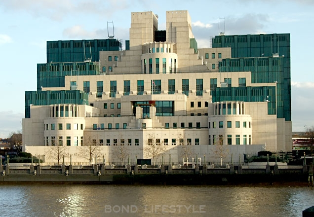 SIS/MI6 Headquarters, Vauxhall Cross, London, UK