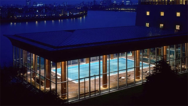 The swimming pool adjacent to the Four Seasons Hotel Canary Wharf stands in for a swimming pool in Shanghai in the movie SkyFall