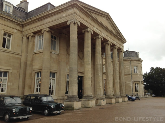 The Luton Hoo Mansion House entrance, where Bond arrives in his Bentley, still looks the same as in the film Never Say Never Again