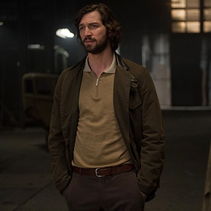 Barbour Beacon Heritage Sports jacket worn by Michiel Huisman in The Age of Adeline