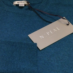 Taking a closer look at the N.Peal sweater worn in SkyFall