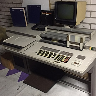 Philips P330 computer