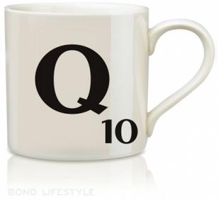 http://www.jamesbondlifestyle.com/sites/default/files/styles/semi_width_image/public/images/product/al006-wild-wolfe-scrabble-q-mug.jpg