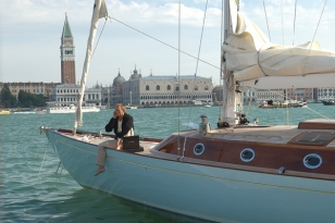 photo © United Artists, Danjaq LLC, Columbia