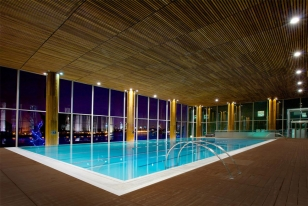 Four seasons hotel london at canary wharf london uk - Hotel in london with swimming pool ...