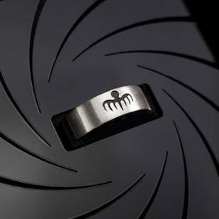 photo © shop.007.com